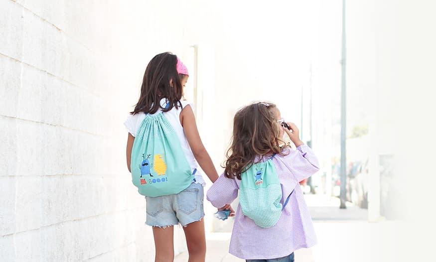 Hermana mayor y pequeña mochila guardería Suavinex