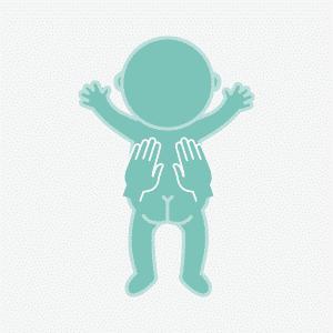 masaje infantil espalda manos en reposo